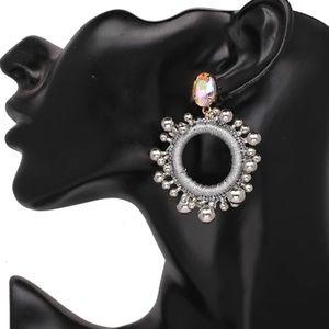 Jewelry - Silver round earrings